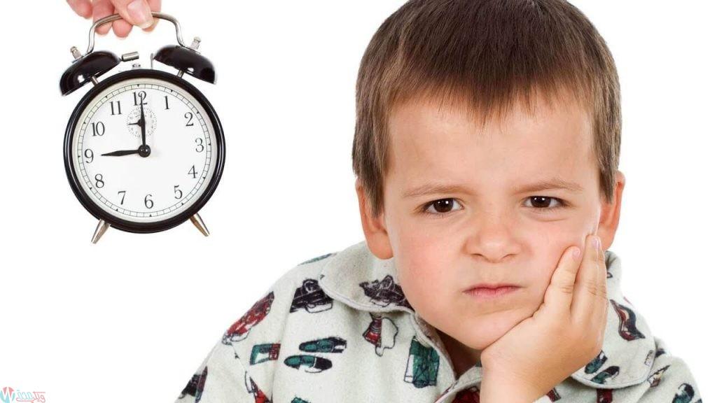 فصل الطفل عن الوالدين في النوم